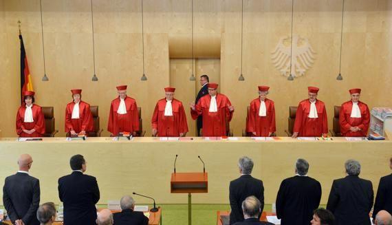 La CDU envisage de limiter l'influence de la Cour de Karlsruhe en matière européenne