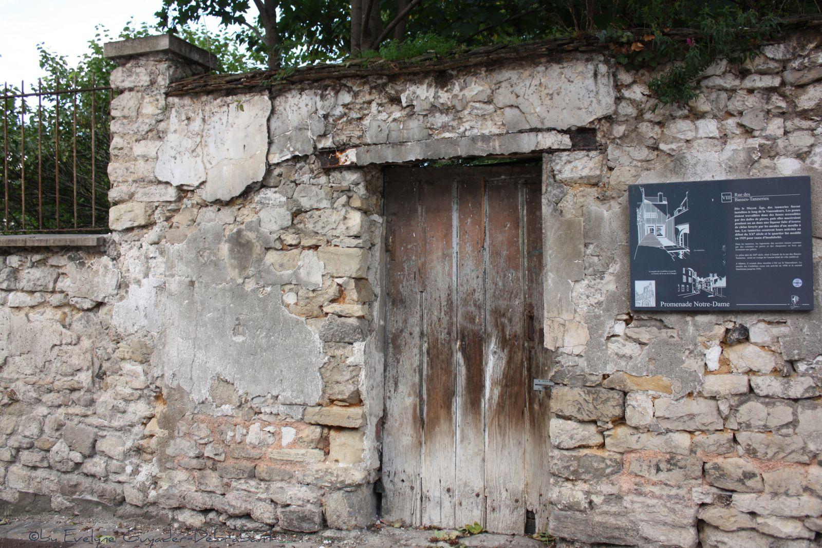 Mantes Historique : Balade en Octobre.. (1)