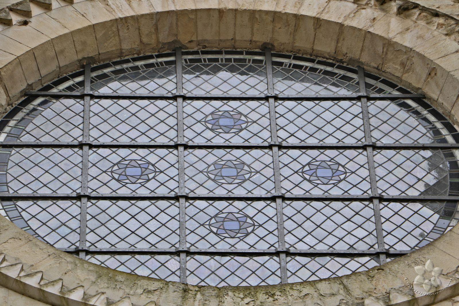 Autour de la Collégiale et du Musée de l'Hotel Dieu