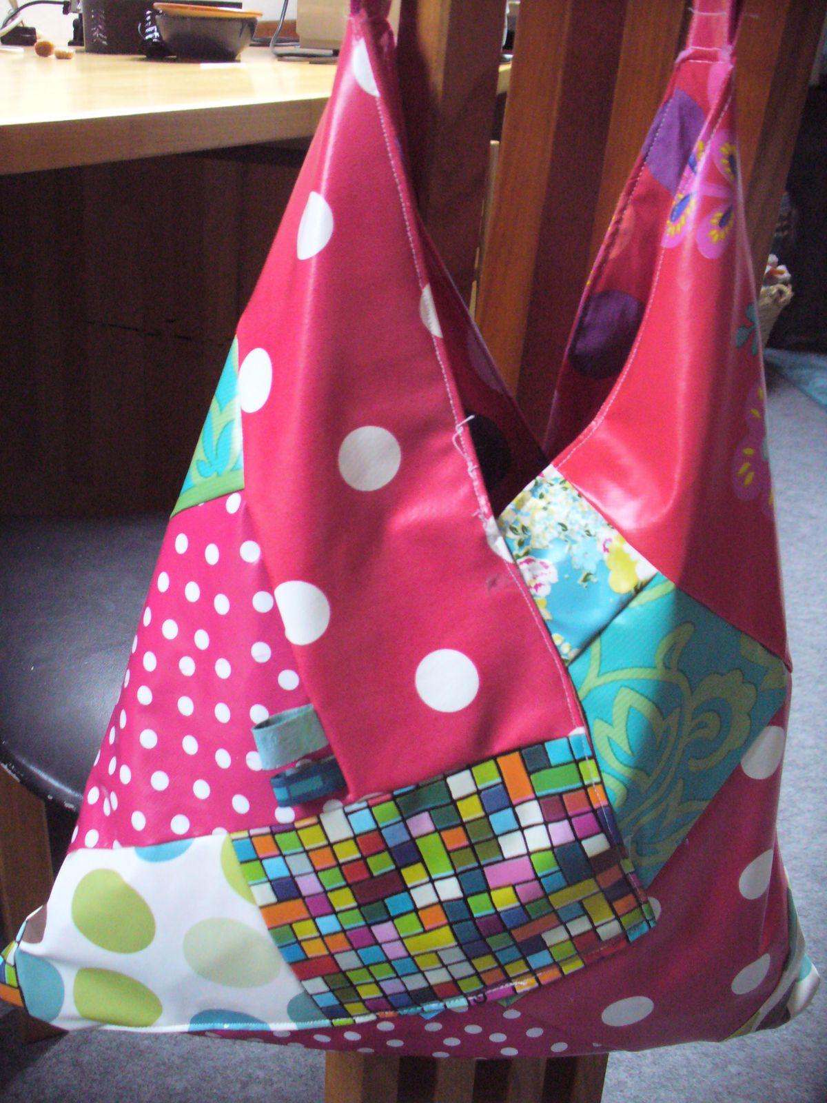 Deux sacs, BÔ et PABÔ