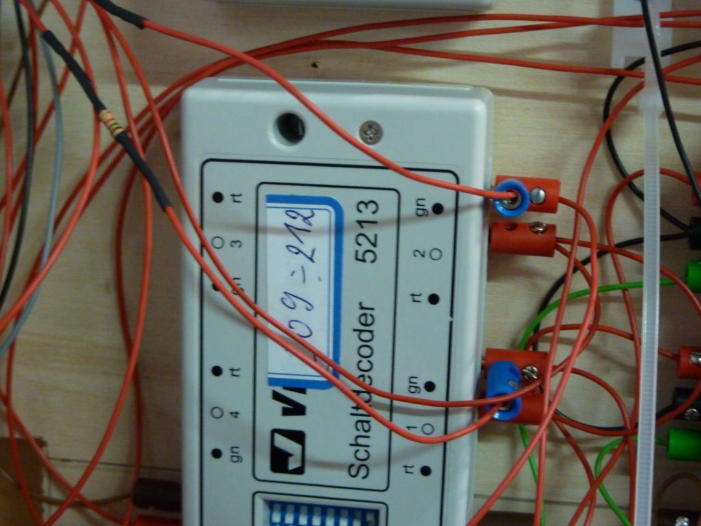 La résistance est branchée par un câble et une fiche banane sur la sortie verte du décodeur.