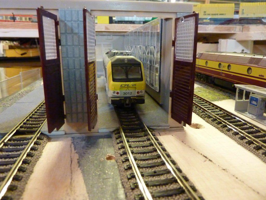 La construction de la remise pour locos électriques