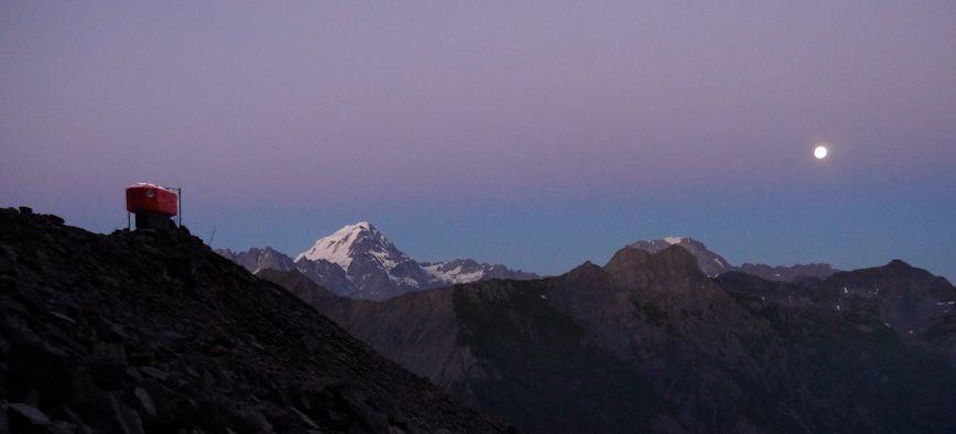 Au sommet du mont Dolent