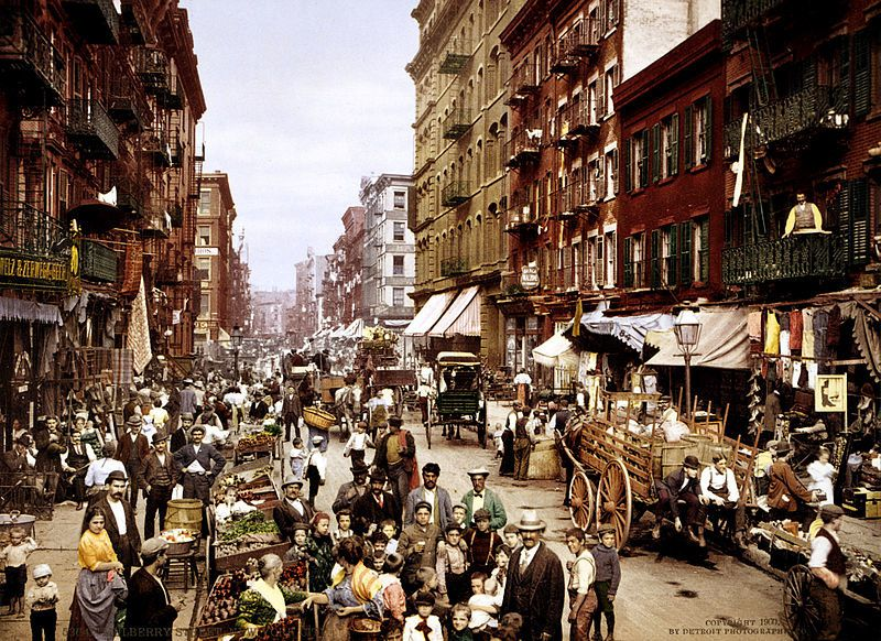 Little Italy (New York) vers 1900, auteur inconnu.