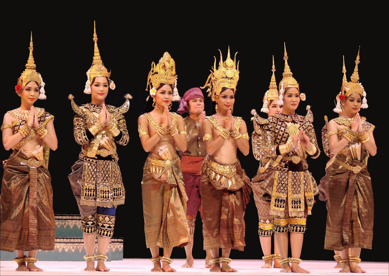 image du net / royal ballet of Cambodia