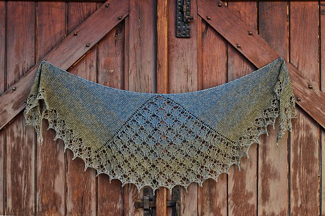 Shawl of many shapes
