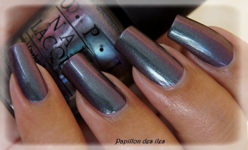 OPI : Peace and Love