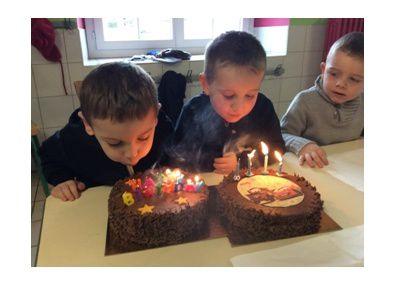 Les anniversaires de l'année scolaire en photo : (PS-TPS)