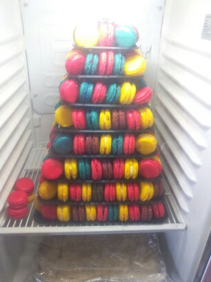 Pyramide de macarons. .. et de 3!
