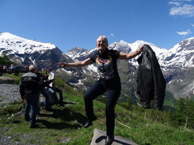 Grand teepi , et grande montagne