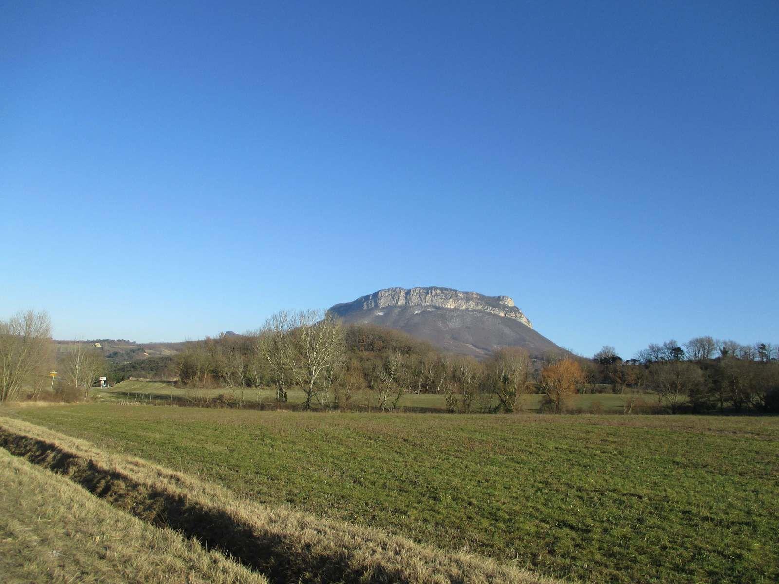 Quel ciel bleu, quand je pense que se matin j'avais -6° à Chabeuil et la 15 à 17° Le Top