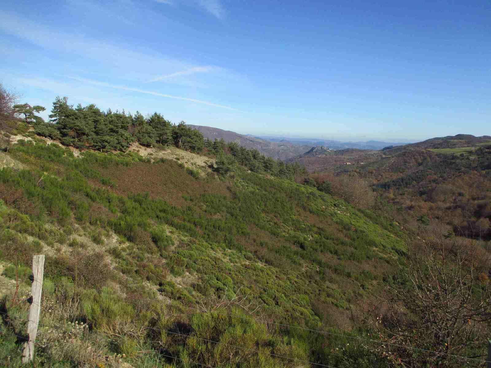 Le temps de rejoindre le Col de La Fayolle on profite des paysages somptueux