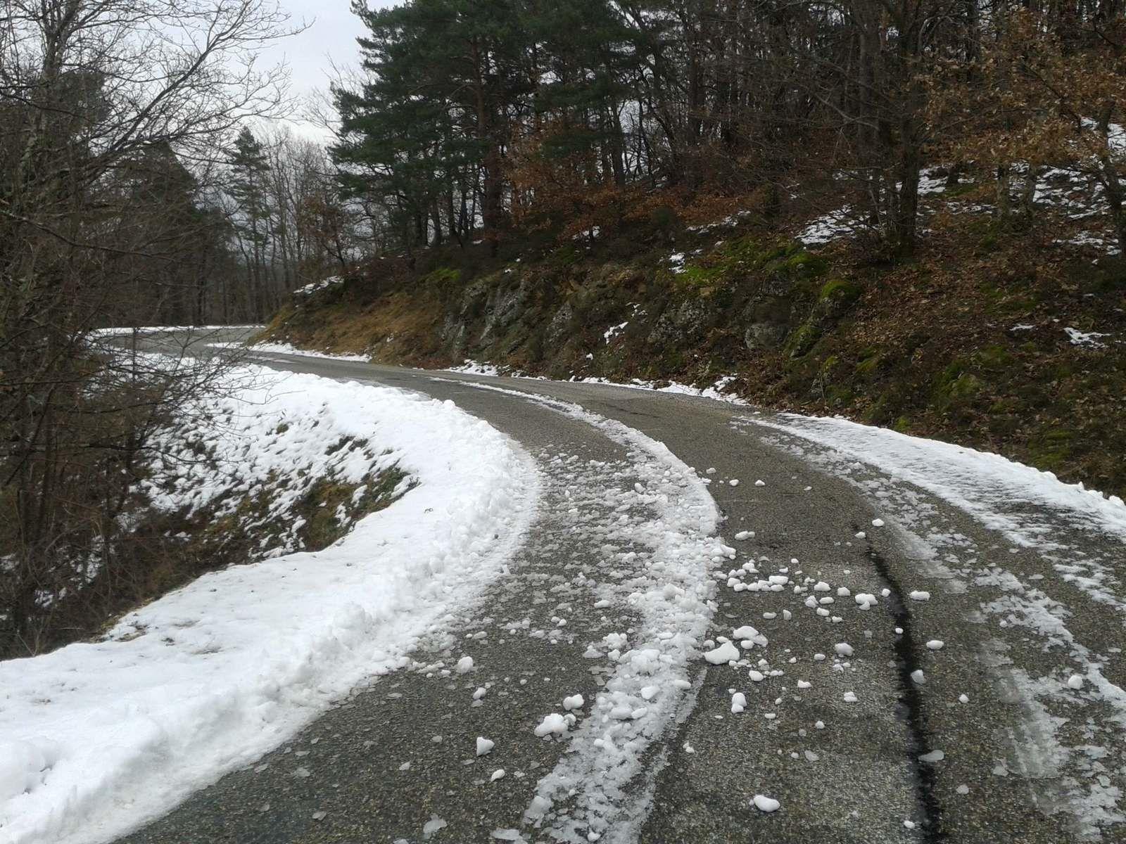 Janvier 2015: la neige fait son apparition à Rotisson, premier de mes 120 passages en 2015