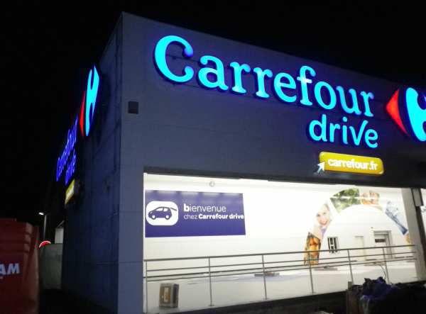 Amiens, l'hyper Carrefour se met au drive.