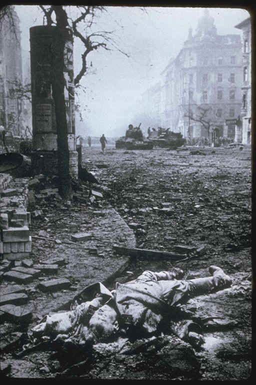 4 novembre 1956  Intervention de l'armée soviétique à Budapest
