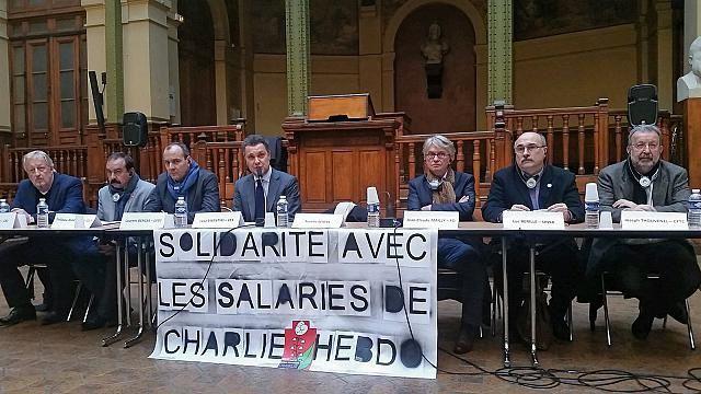 De gauche à droite : Jaap Wiener (CSI), Philippe Martinez (CGT), Laurent Berger (CFDT), Luca Visentini (CES), Jean-Claude Mailly (Force Ouvrière), Luc Berille (UNSA) et Joseph Thouvenel (CFTC). Photograhie : F. Blanc / FO Hebdo