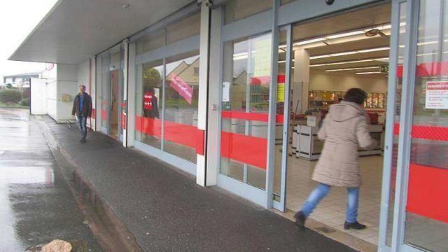 La fermeture de la petite surface discount à Cancale attriste la clientèle.