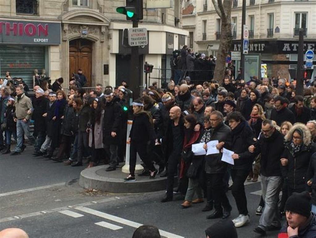 L'équipe de Charlie défile dans le cortège (dimanche 11 janvier 2015)