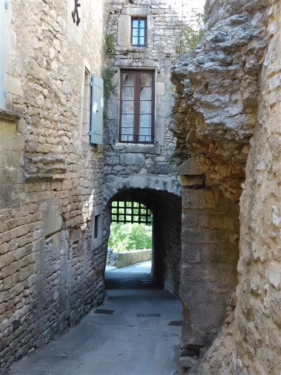La porte d'entrée du village (vue de l'intérieur)