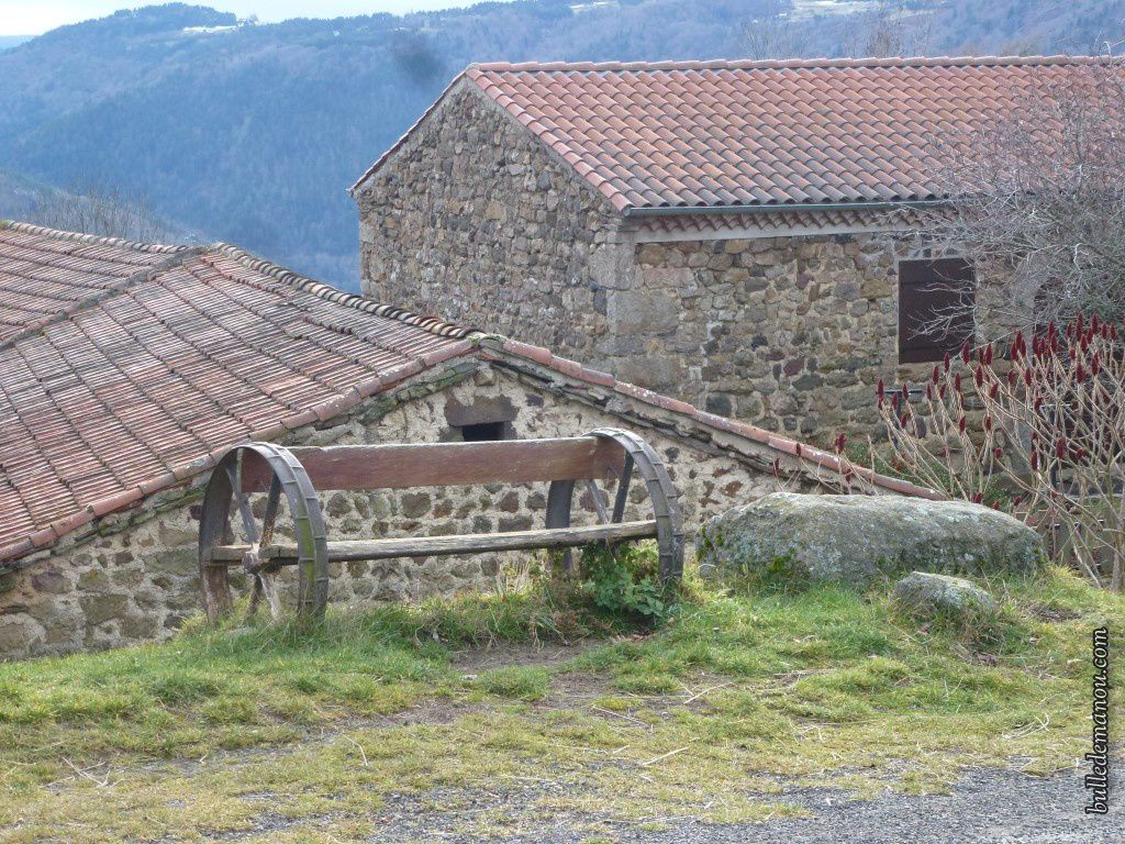 Le Hameau de Rochegude / Balade en Haute-Loire