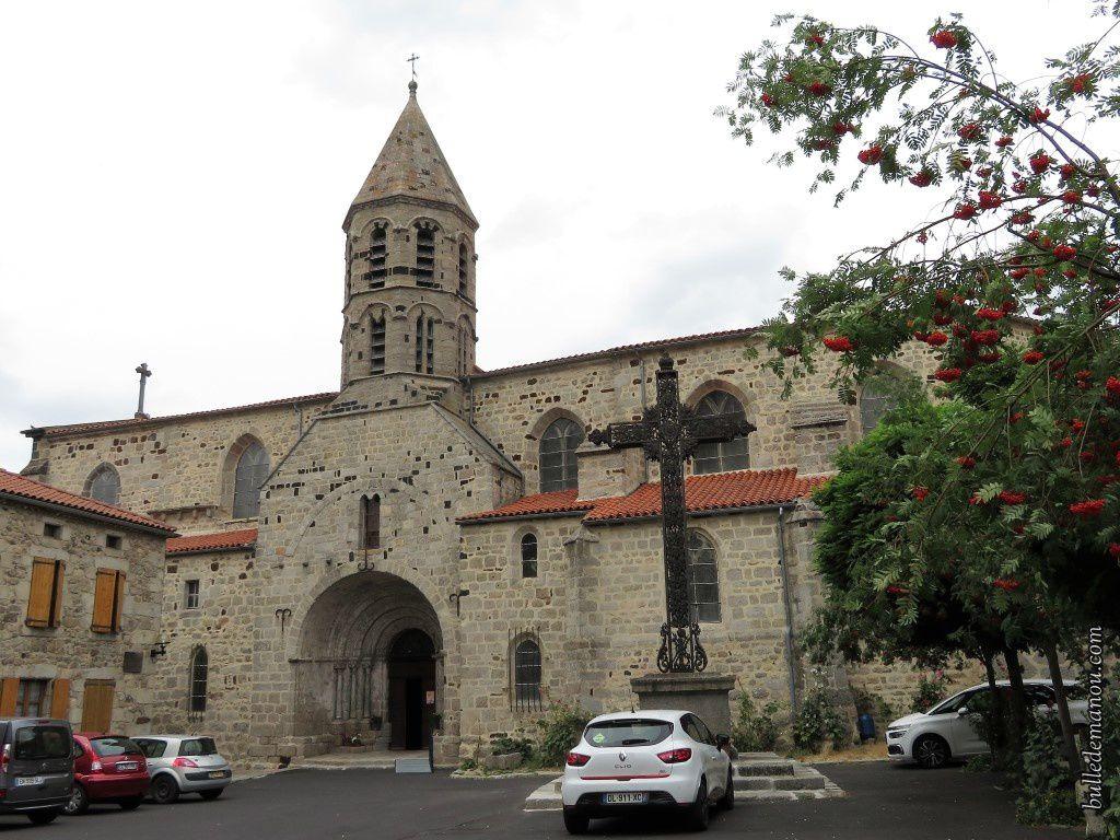L'église Saint-Médard de Saugues (43)