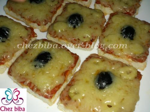 Pizza express au pain de mie بيزا سريعة بخبز التوست