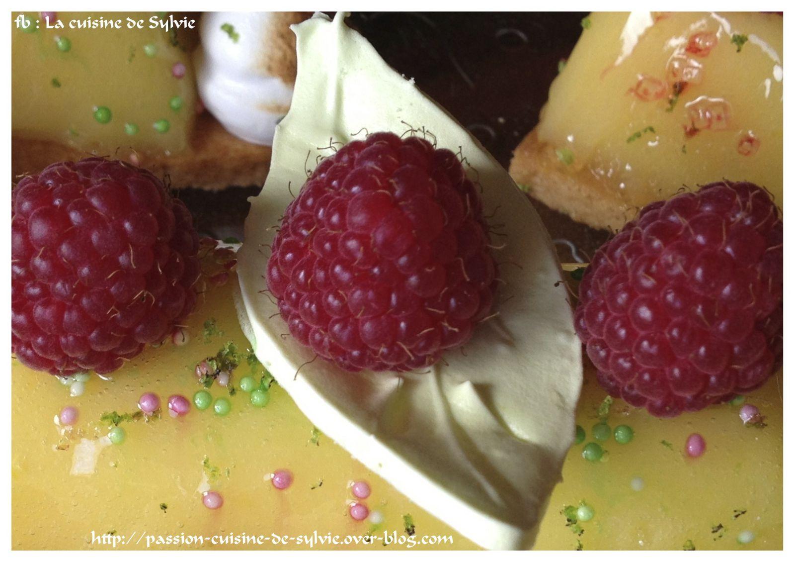 Des petites meringues pour égayer un dessert