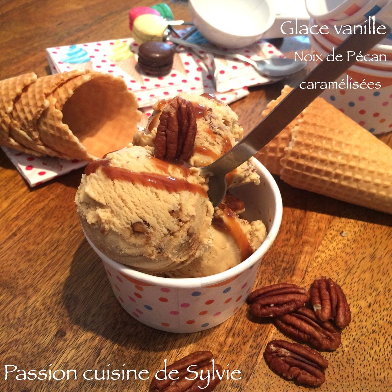 Glace vanille noix de Pécan caramélisées