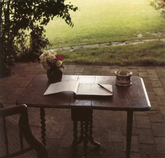 Virginia Woolf's writing table [Gisele Freund]