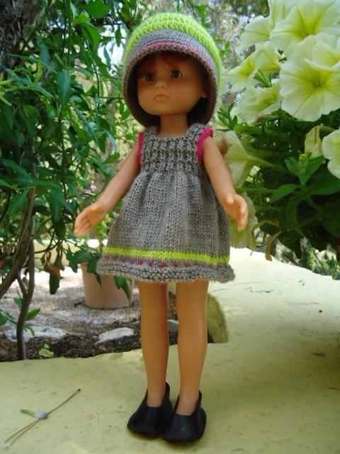 Robe et chapeau 3 couleurs pour poupée chéries de corolle