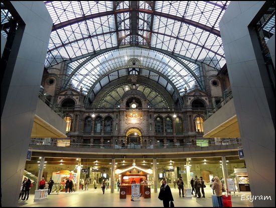 Photo n° 2  :Station Antwerpen Centraal