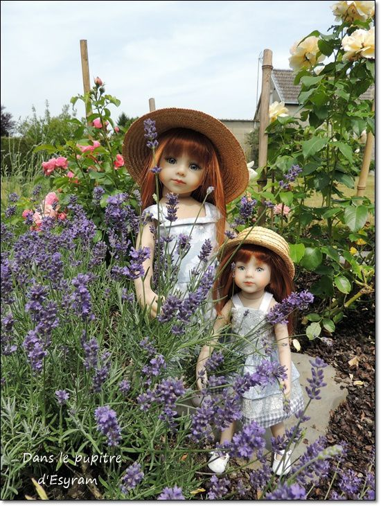 Lilou et Lola, les petites rousses en robes volantées