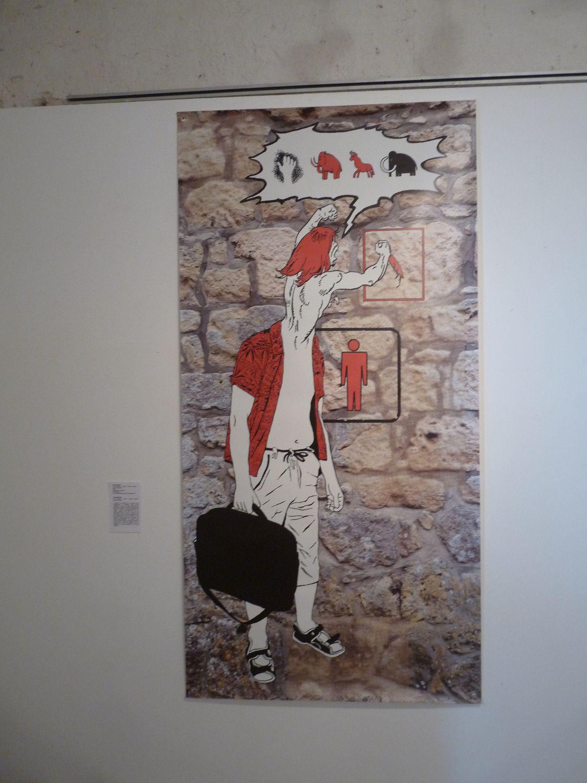 en haut une  oeuvre de Bob COUGAR côtoie une réalisation de ELTONO (photos DLLT)