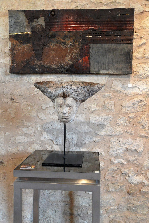 Fiona Paterson recycle des matériaux (fer notamment) pour des créations très personnelles et inspirées.