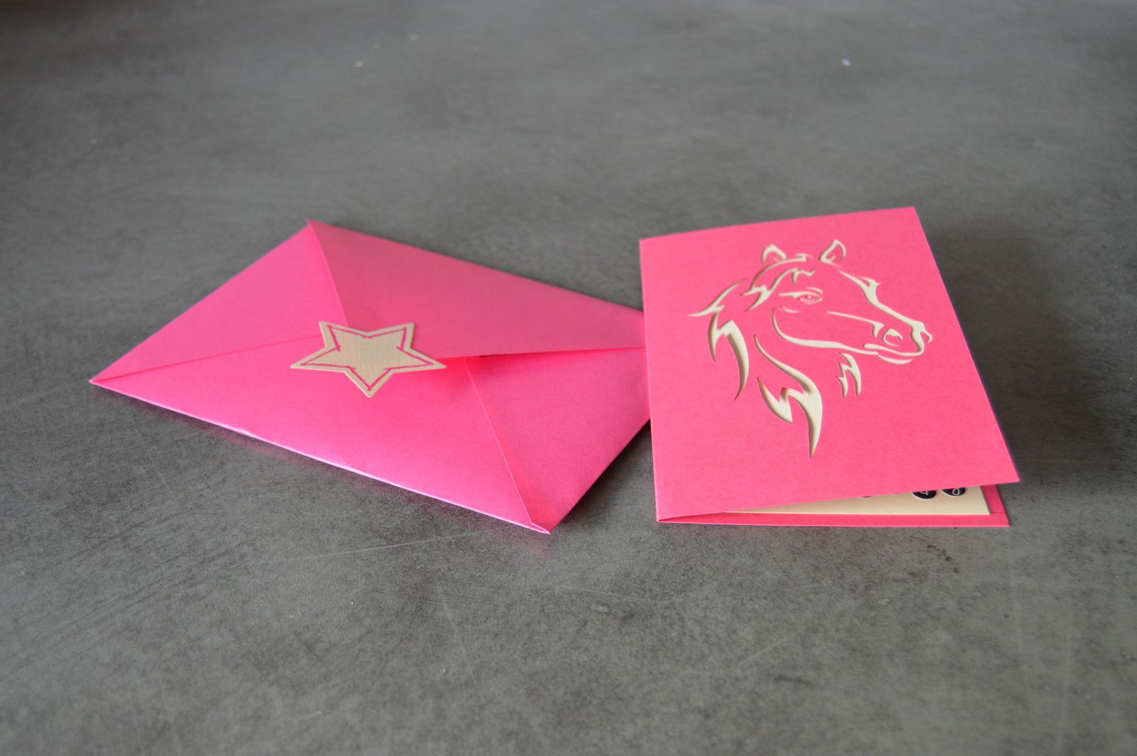 Carte shopping en kirigami