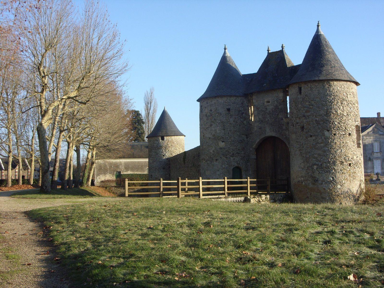 """Circuit vélo """"Entre châteaux, caves et tuffeau"""" - Crédit photos : Laurence Lemoine, J-S Evrard"""