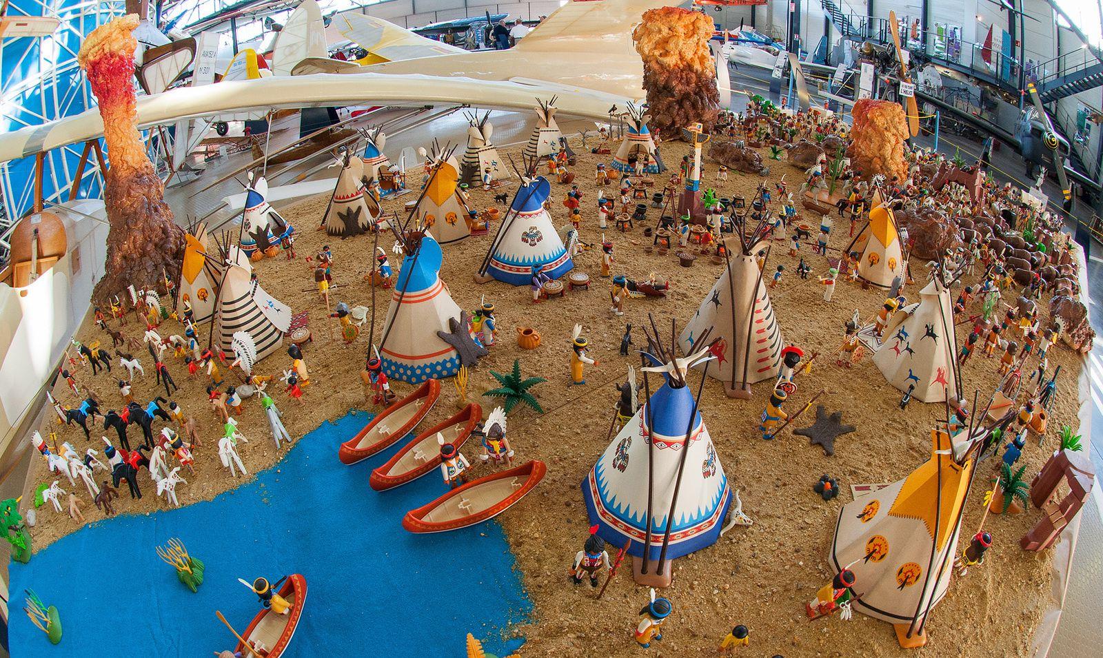 Exposition Playmobil® à l'Espace Air Passion