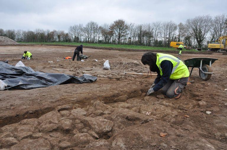 Les recherches sur le terrain du Puy du Fou ont démarré en novembre. Elles s'achèveront en février. (Photo : DR)