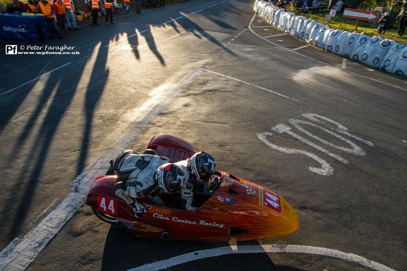 [Road Racing] Southern 100 2014 - Page 3 Ob_66aa1a_10414072-581550608632141-4938305839419