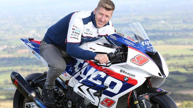 Ian Hutchinson rejoint le team TYCO BMW.