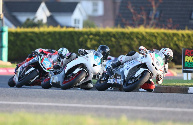 North West 200, seconde séance d'essai et course supertwin.