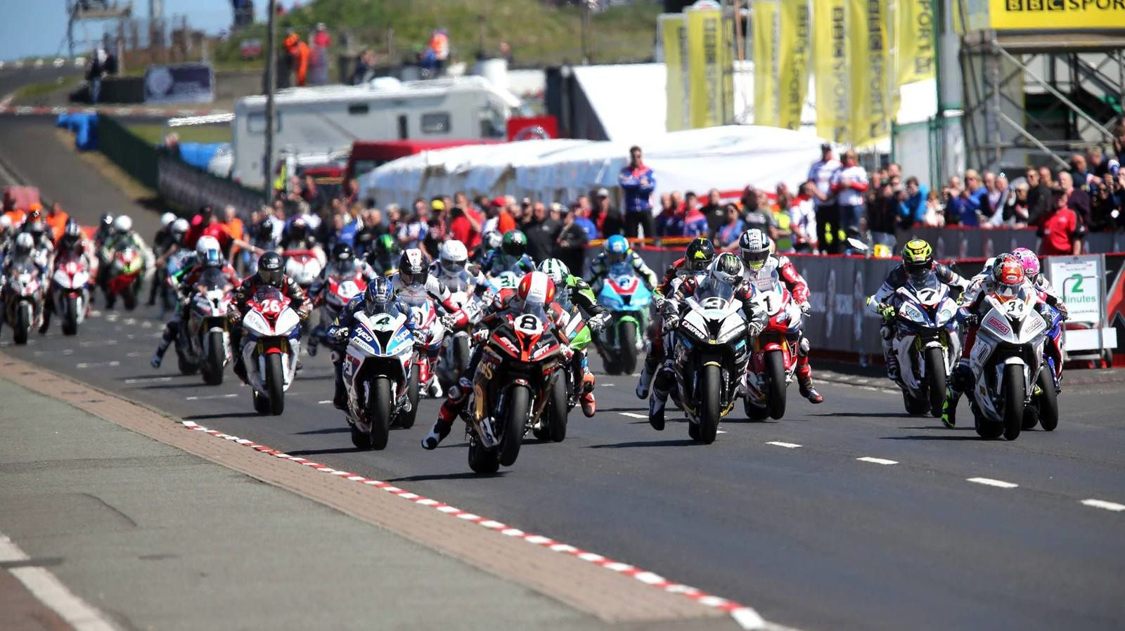 North West , course superbike.