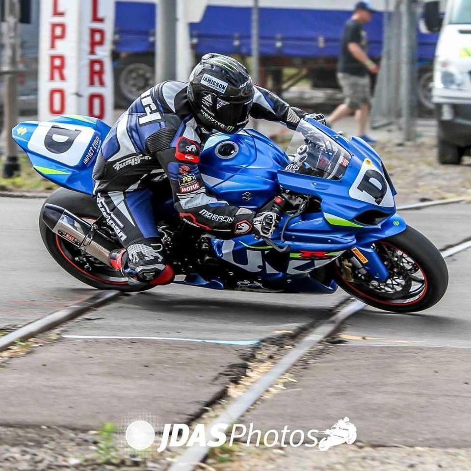 Michael Dunlop n'a rien pu faire face a une Suzuki récalcitrante. ©JDAS.PHOTOS