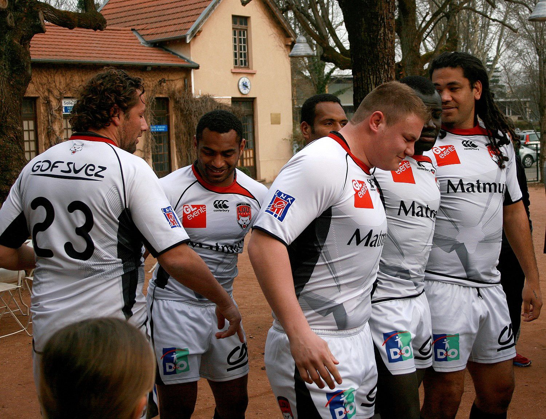 Avec l'équipe du LOU Rugby.