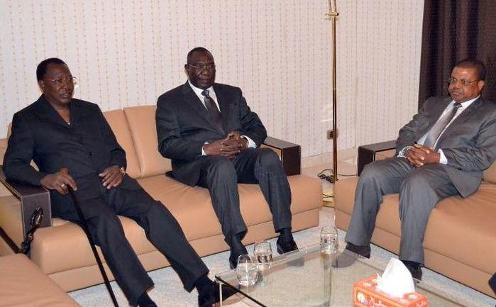 |CENTRAFRIQUE : DEBY en parrain incontestable d'une démission annoncée