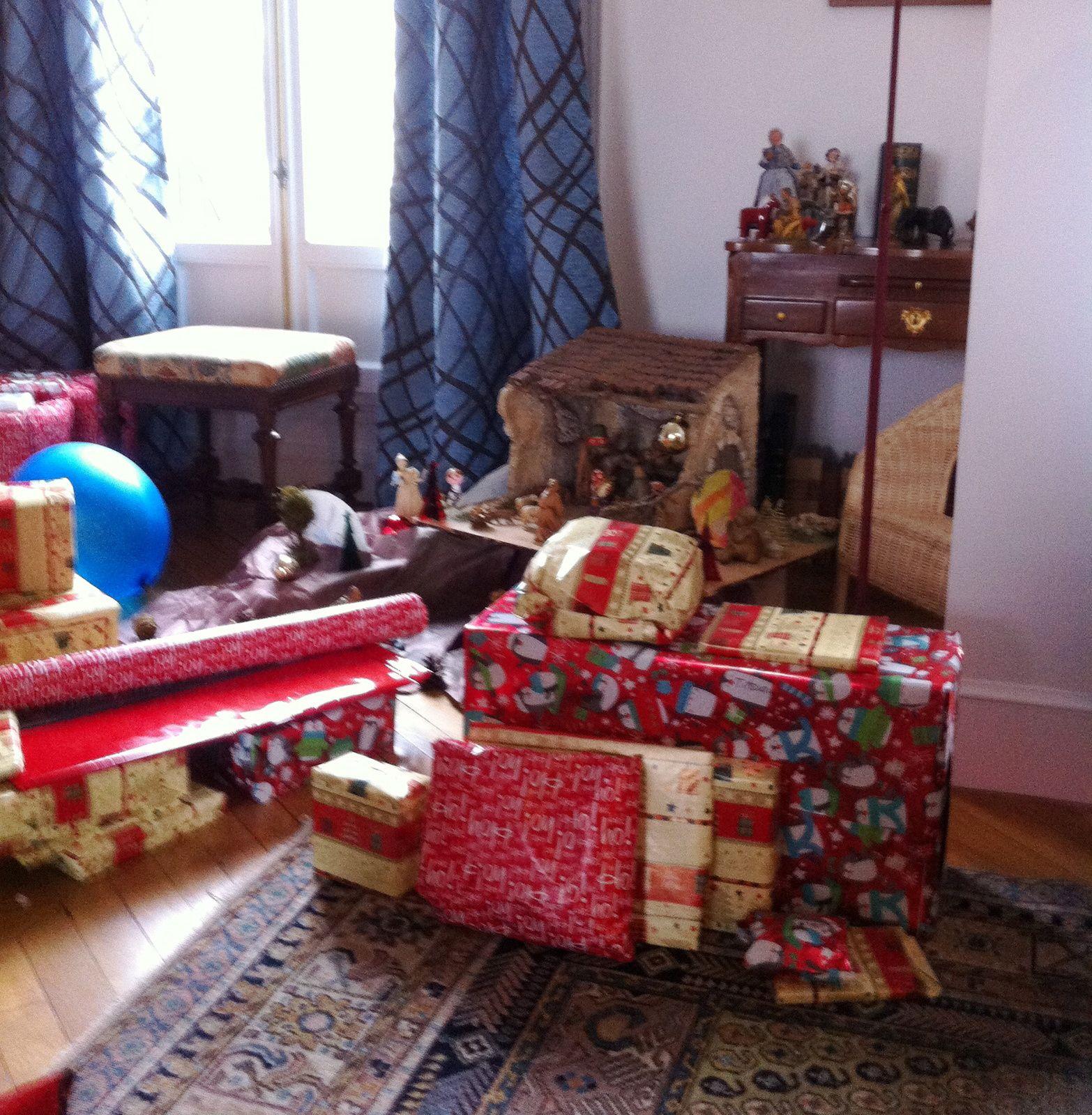 La petite maison dans la banlieue - Faire pipi au lit adulte signification ...