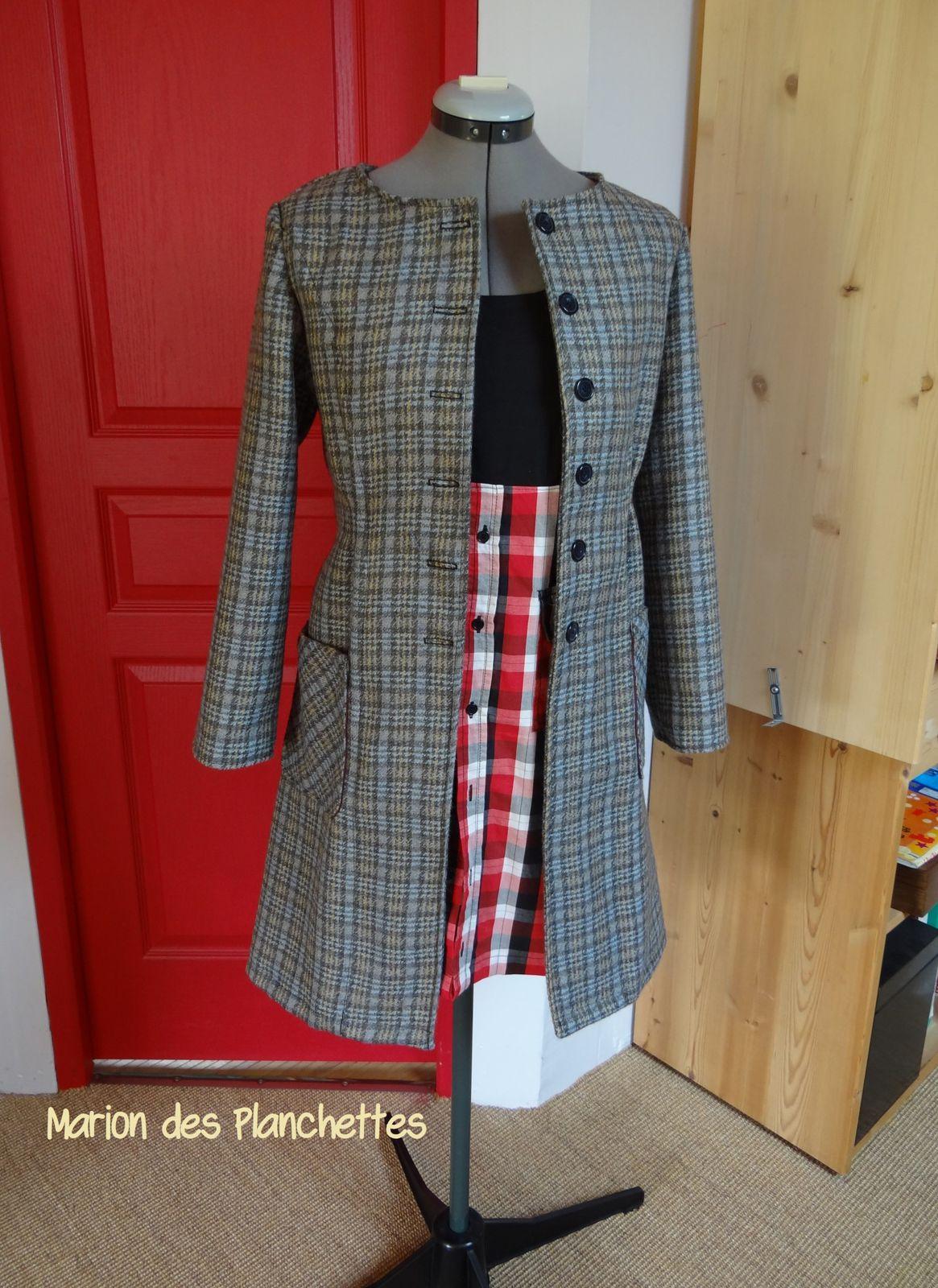 Trousses et manteau