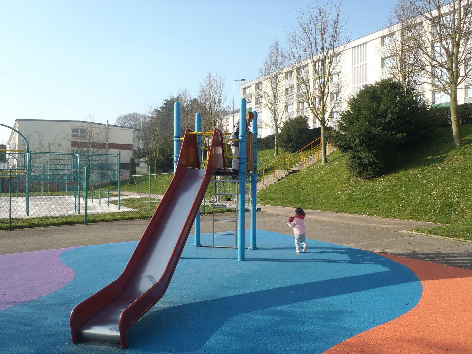 Parc de jeux à Rouelles