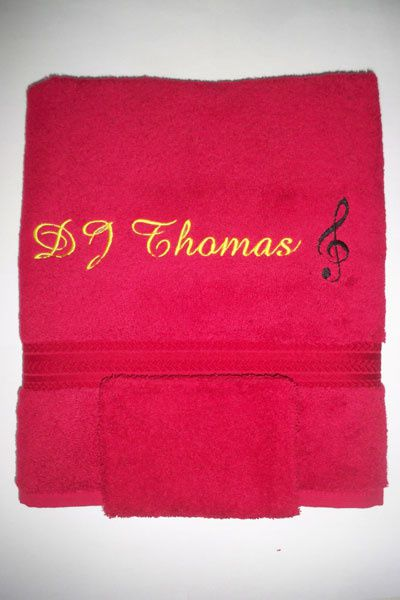 Quelques serviettes brodées