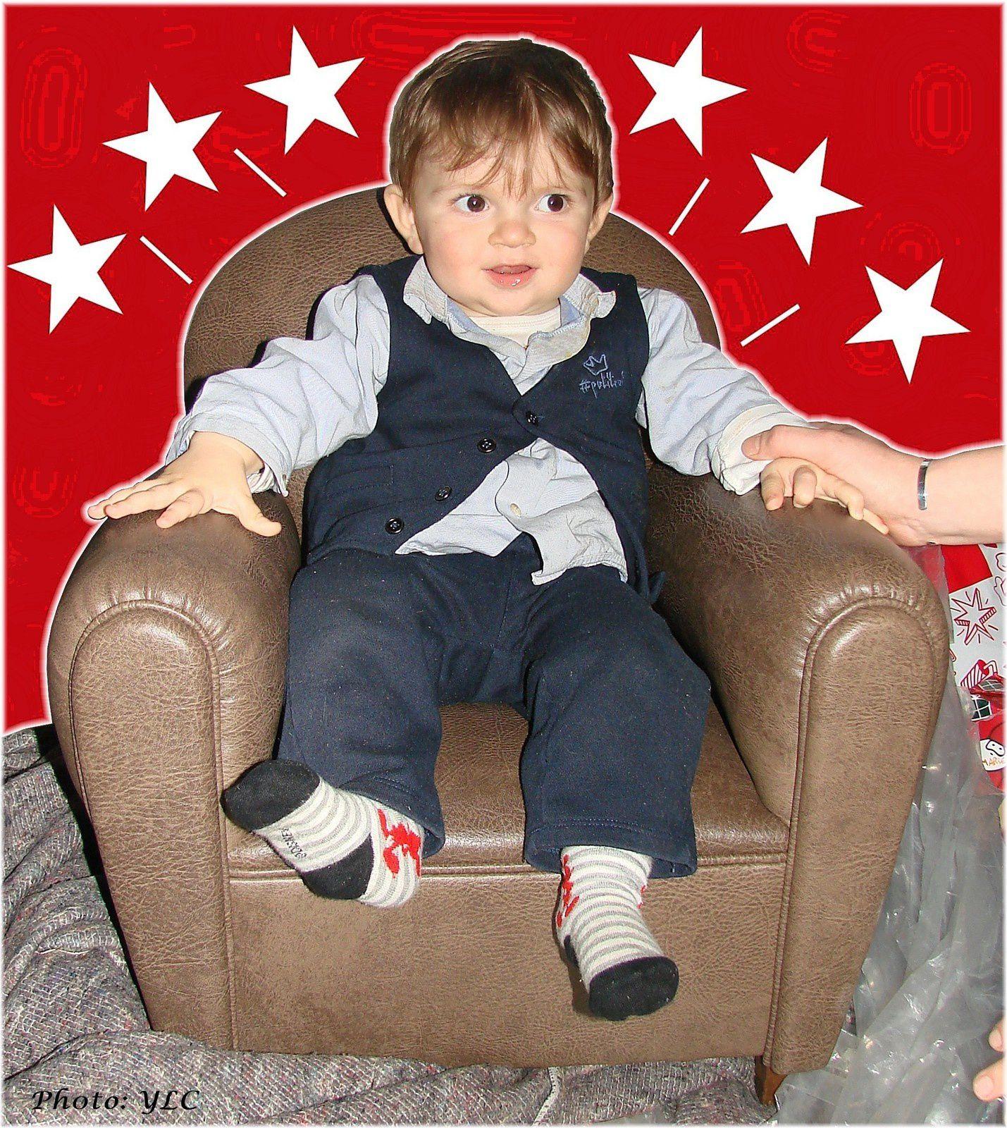 les fauteuils confortables le fauteuil club enfant du si ge au d cor tapissier d 39 ameublement. Black Bedroom Furniture Sets. Home Design Ideas